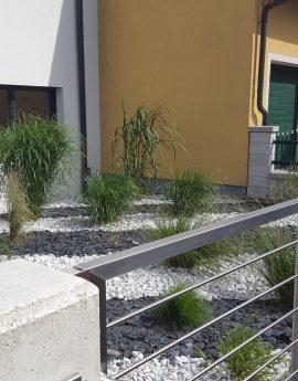 Gräser und Steine